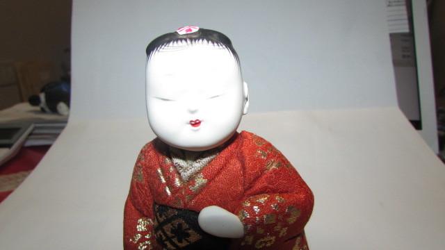 (旧家・蔵出し)(古い味わいのある作家物・萌春作・羽子板を持つ女の子木目込み人形)貴重・珍品_画像10