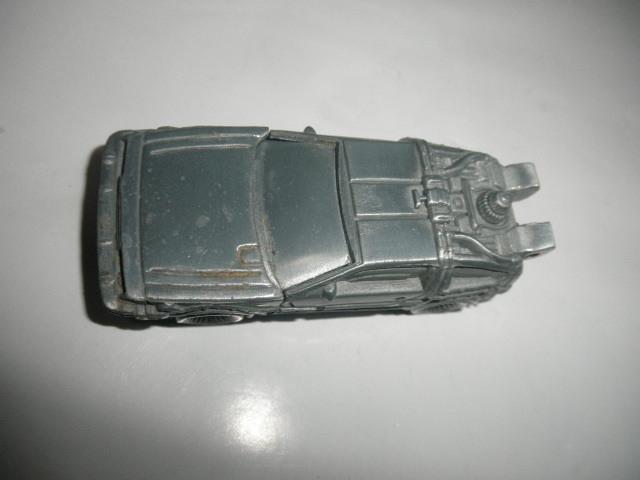 @@ジャンク品  レア 車型ライター デロリアン DMC-12 BACK TO THE FUTURE パートⅡ コレクション 雑貨 インテリア 金属  _画像2
