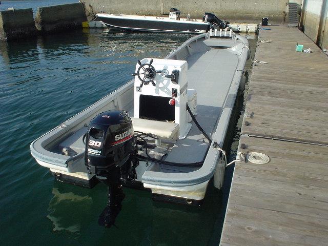 恒例の年末年始大処分・中古リメイク和船・W-27・新古DF-30馬力付_画像2