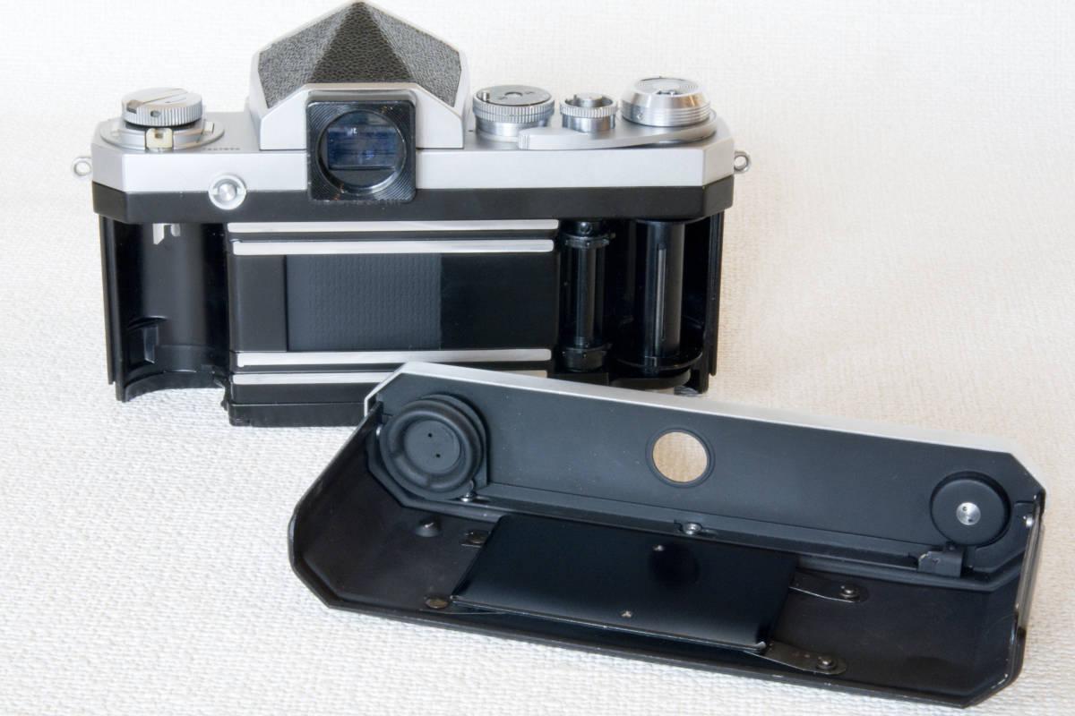 ニコンF アイレベル シルバー 725万番台 Nikkor-H Auto 50mm F1:2.0 接写リング、ケース等セット 正常動作品_画像6