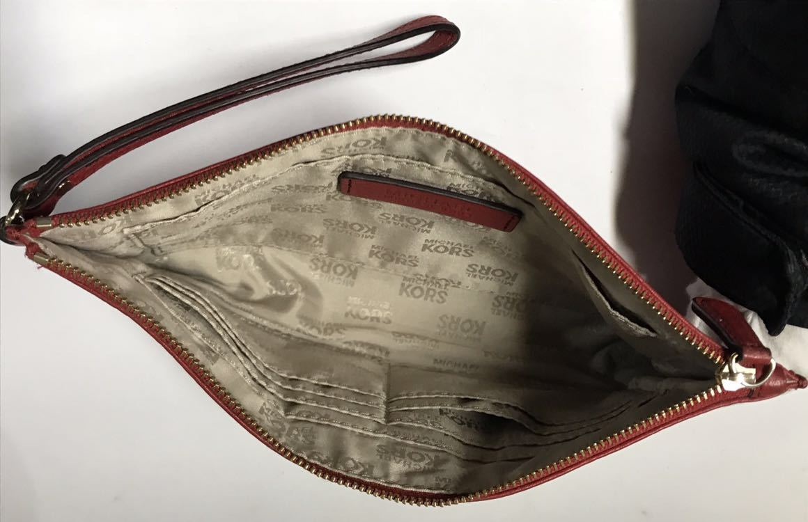 fe9a372f6664 ... マルチポーチ良品MKレディース革レザー財布ウォレット小銭入れ化粧品レッド赤ジップ小物入れ. 商品數量: :1