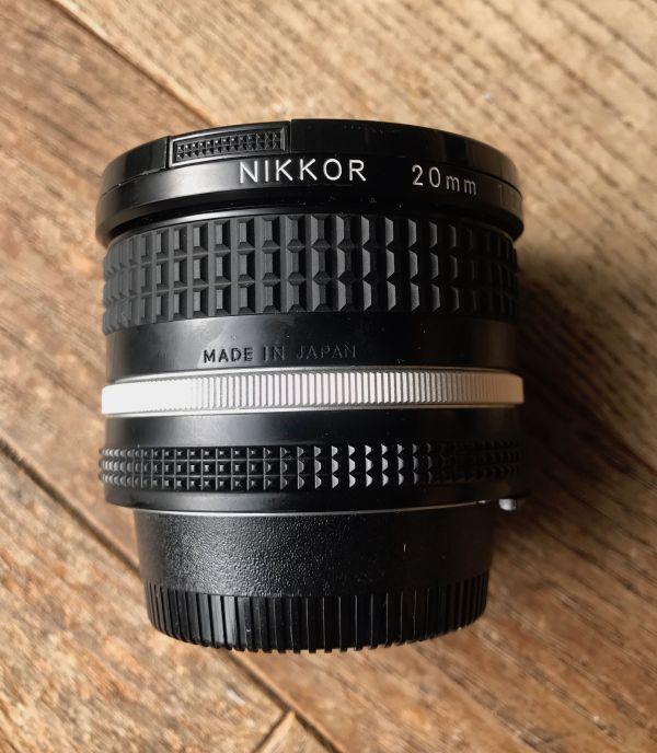 良品 ニコン (NIKON) ニッコール(NIKKOR) 1:2.8/20mm MF レンズ 日本製 ブラック マニュアルフォーカス