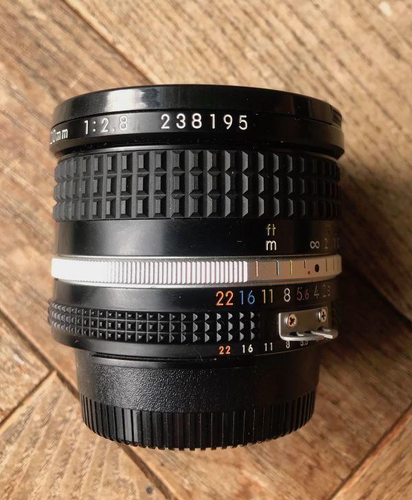 良品 ニコン (NIKON) ニッコール(NIKKOR) 1:2.8/20mm MF レンズ 日本製 ブラック マニュアルフォーカス_画像8
