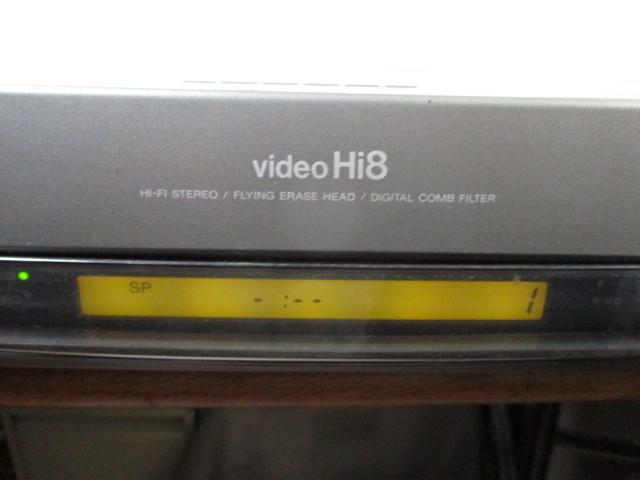 ソニー Hi-8ビデオデッキ EV-S1100 ジャンク_画像2