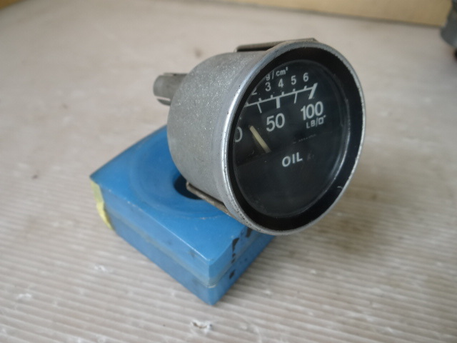 SMITHS made / oil pressure gauge [ Direct Ty]- the model is