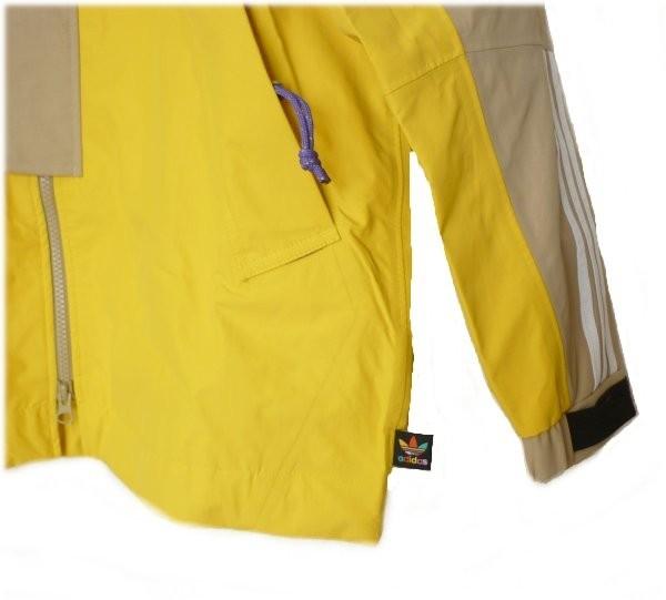 新品●送料無料●定価86400円 adidasOriginalsベージュ×黄色ファレルウィリアムスコラボナイロンジャケット(2XO)_画像5