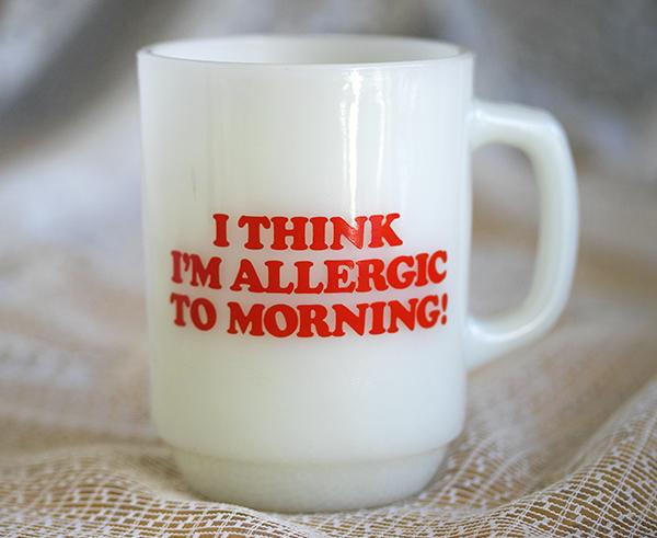 美品! ファイヤーキング マグ スヌーピー モーニングアレルギー ピーナッツ 耐熱 ミルクグラス コーヒー _画像2