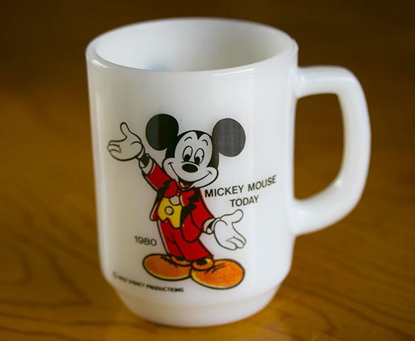美品! ファイヤーキング マグ ミッキーマウストゥデイ ディズニー 9オンス 耐熱 ミルクグラス コーヒー ペプシコーラ_画像1