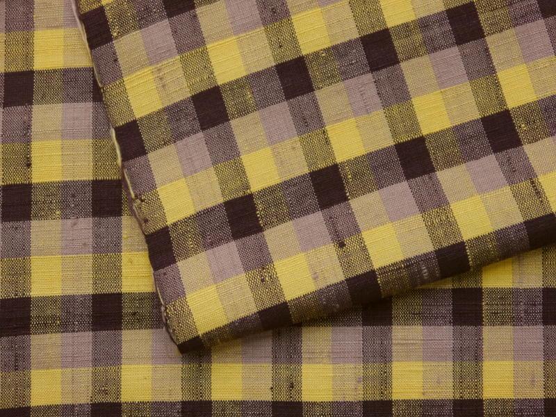 処分超特価・手縫い仕立付・米沢紬・黄金の繭・紅花かさね・格子柄_画像3