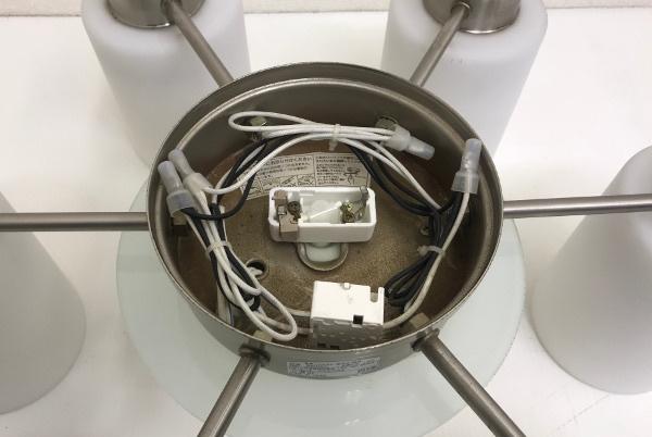 KOIZUMI コイズミ 電球形蛍光灯シャンデリアライト【BAN3501】8~10畳 ホワイト 6灯 照明_画像3