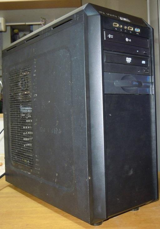 自作 i7 3930K 3.2GHz 6コア12スレッド /mem8GB /HDD250+1000GB /GT740