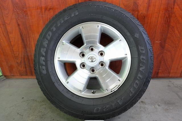 USトヨタ タコマ 純正 17インチ アルミ タイヤ セット_画像2