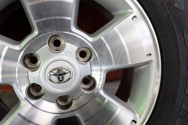 USトヨタ タコマ 純正 17インチ アルミ タイヤ セット_画像4