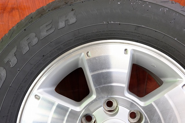 USトヨタ タコマ 純正 17インチ アルミ タイヤ セット_画像3