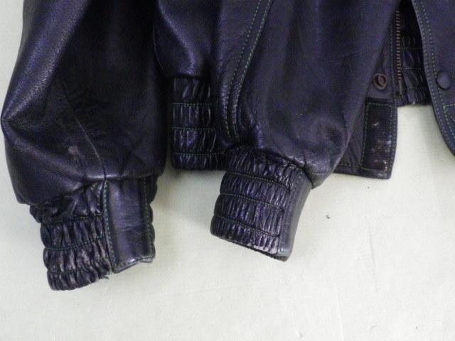 ☆当時物!KUSHITANI/クシタニ製革ジャンkawasaki仕様です、ステッチがライムグリーンになっていてカワサキファンにはお勧め☆_袖口に擦れあり