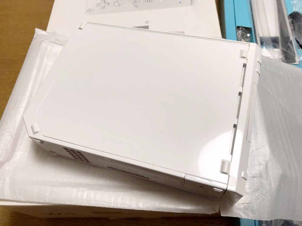【新品同様】Wii☆ホワイト☆本体☆_画像3