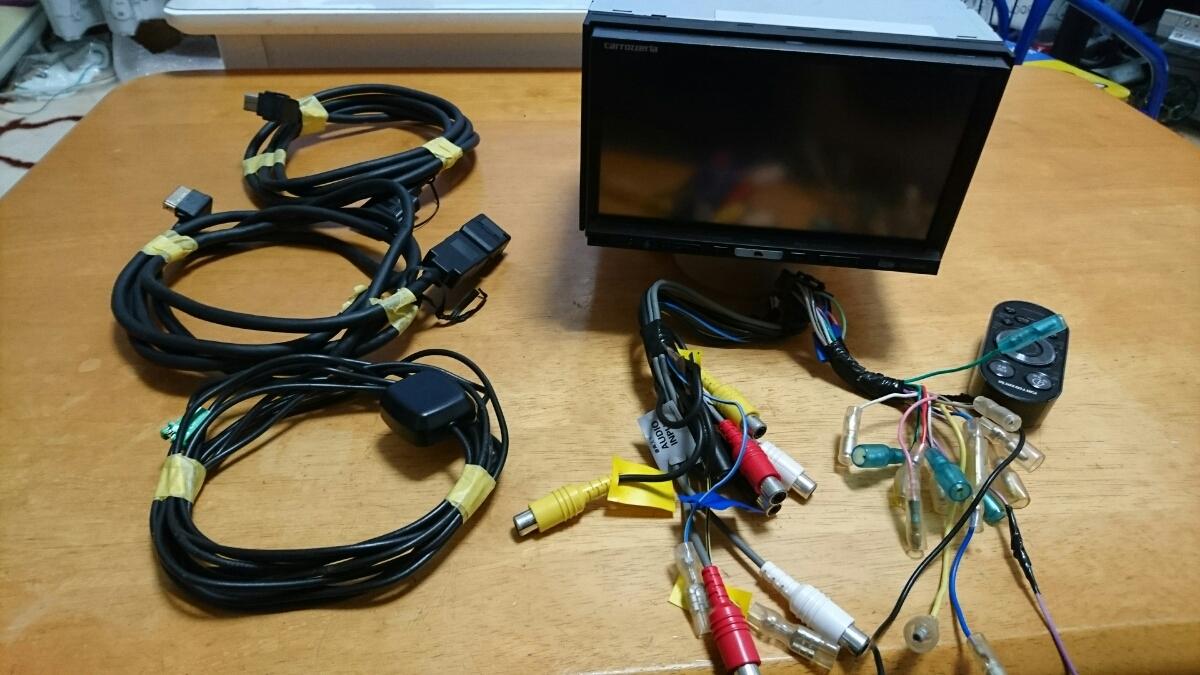 2012年度版 AVIC-HRZ990 DVD フルセグ 走行中視聴可能 美品 リモコン付き 作動確認済み
