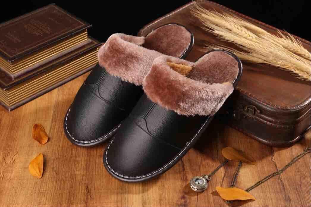 柔らかい牛革スリッパ・レザーモコモコ暖かいルームシューズ メンズ Lサイズ 黒 _画像1