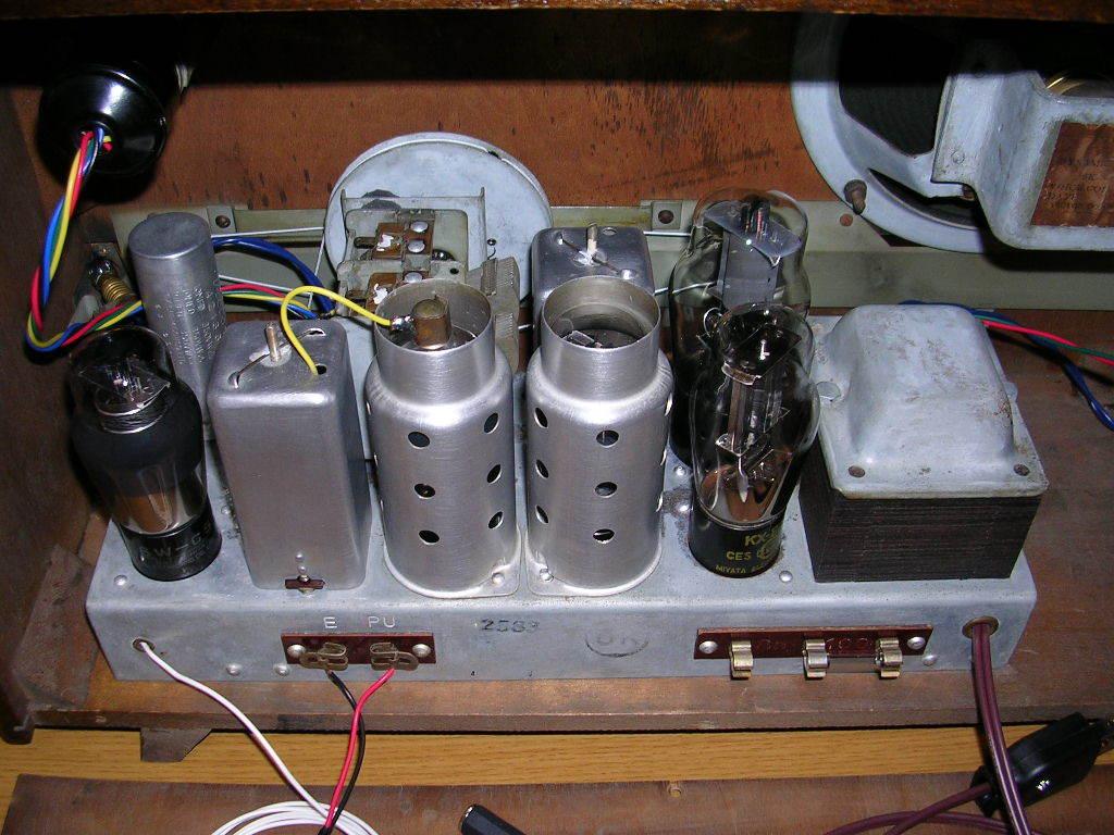 【整備済】 真空管ラジオ ビクター R-601型 5(6)球スーパー  _画像6