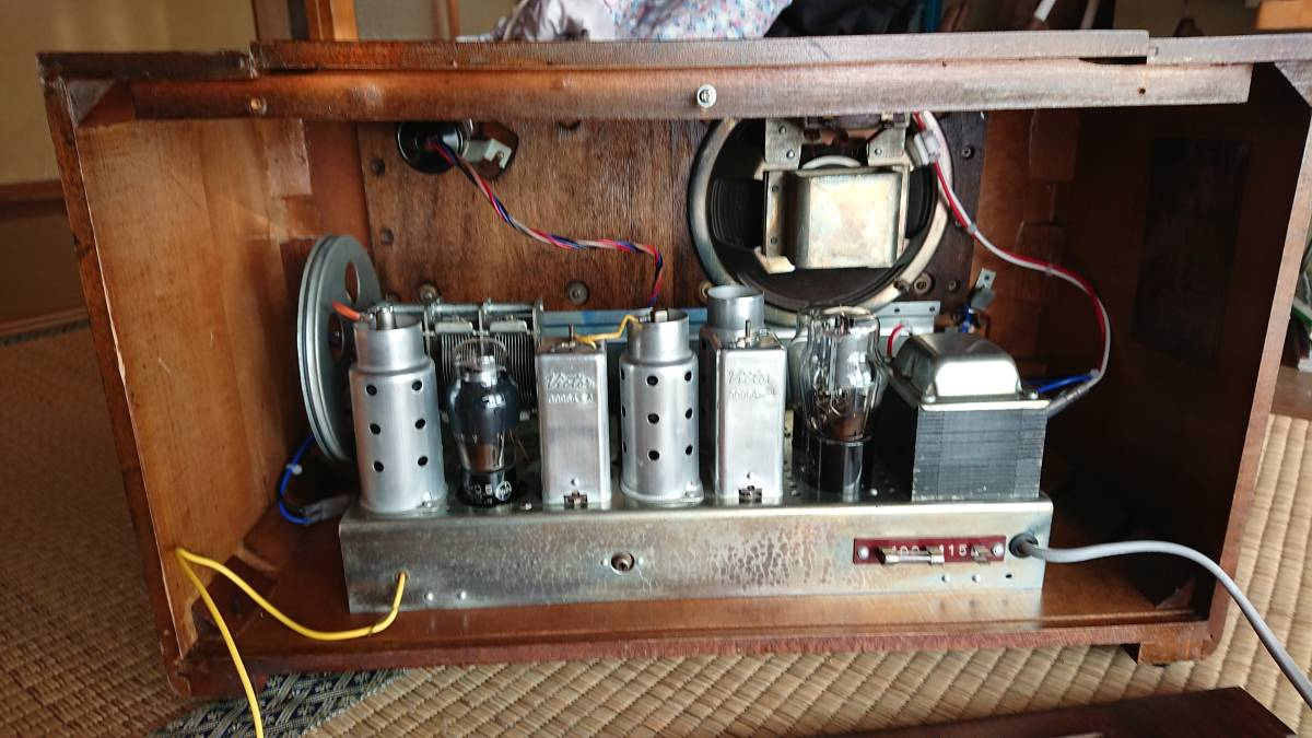 ビクター真空管ラジオ・綺麗です・普通に鳴ります・可動品_画像6
