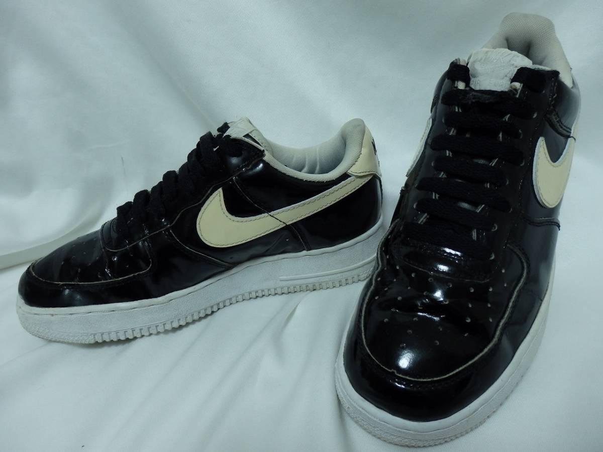 Nike Air Force 1 NIKE AIR FORCE1 black
