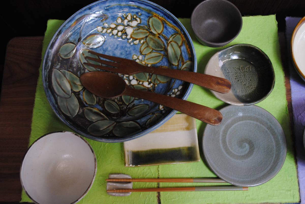 X456.食器セット/まとめ売り/28点セット/和食器色々/カフェ/お皿/お椀/湯呑/大皿/楕円形/焼き物/陶器/小皿/小鉢/調味料入れ/和食/箸置き_画像2