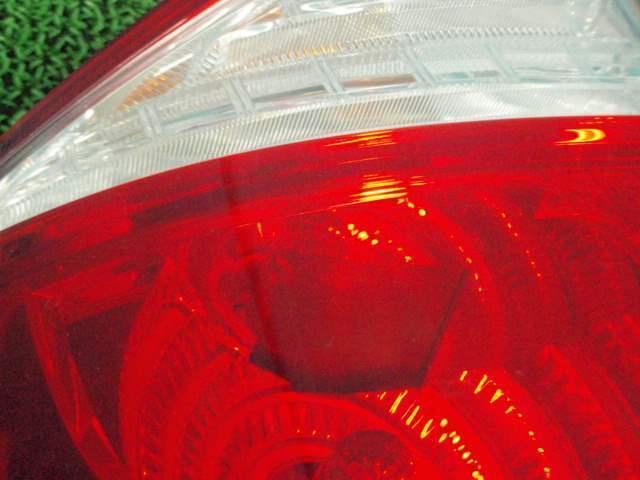 BL5レガシィB4 テールランプ左テールライト301230JJ_画像3