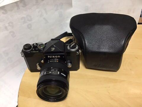 Nikon F ボディボディ (レンズはおまけです)