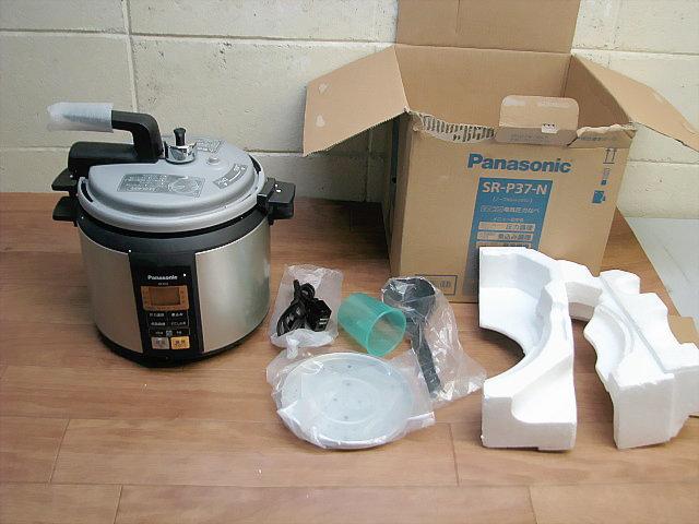 未使用品☆Panasonic パナソニック マイコン電気圧力なべ SR-P37-N