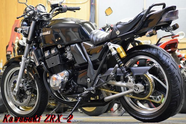 Kawasaki ZRX-2 ZR400E 車検31年8月 MADMAX集合管 川口タックロールシート OHLINSリアサス 整備済 WAKO,Sオイル レスポンス抜群 E/G絶好調_画像2
