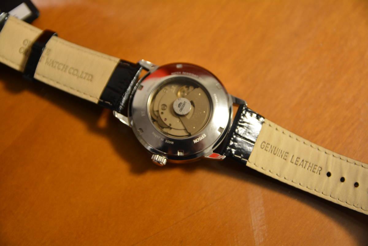 【新品未使用品】 ヨドバシカメラ メンズウォッチの夢 ORIENT 夢のお年玉箱 福袋 2019年 自動巻き腕時計 SER27006B0 裏スケルトン_画像2