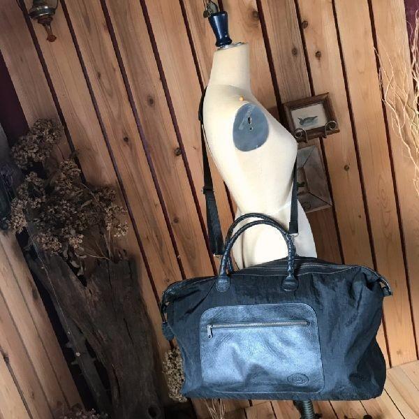 ≫美品イビサIBIZA本革レザー×ナイロン2wayショルダー付ボストンバッグ大容量*大型鞄旅行かばん黒ブラック男女兼用メンズレディース*軽量_画像2