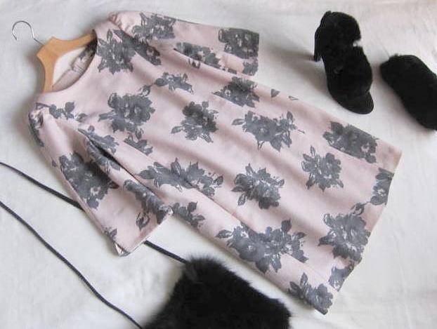 ◆レストローズ  LEST ROSE フラワー 花柄 ワンピース_画像1