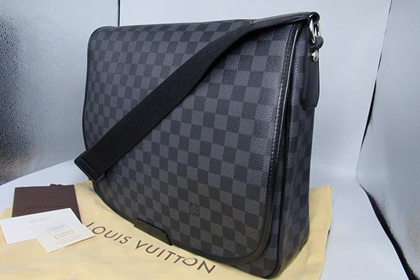 7ac6af943bb6 super-beauty goods   Louis Vuitton Damier  gla Fit Daniel GM messenger bag
