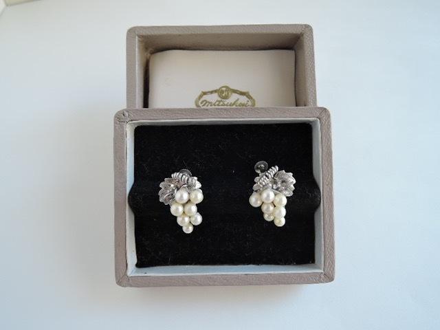 真珠/古いパールのイヤリング 葡萄デザイン(古い三越の箱)レトロ