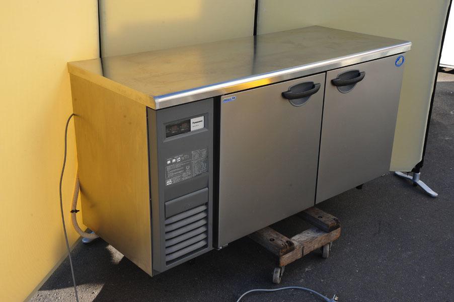 ED14 パナソニック Panasonic 業務用 コールドテーブル 冷凍冷蔵庫 SUR-K1561CA 冷凍146L 冷蔵154L 使用数か月 2017年製_画像1