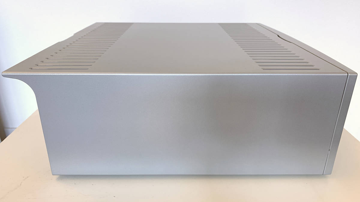 美品 LINN KISTO AVプリアンプ シルバー 国内正規品-日本代购网图片3链接