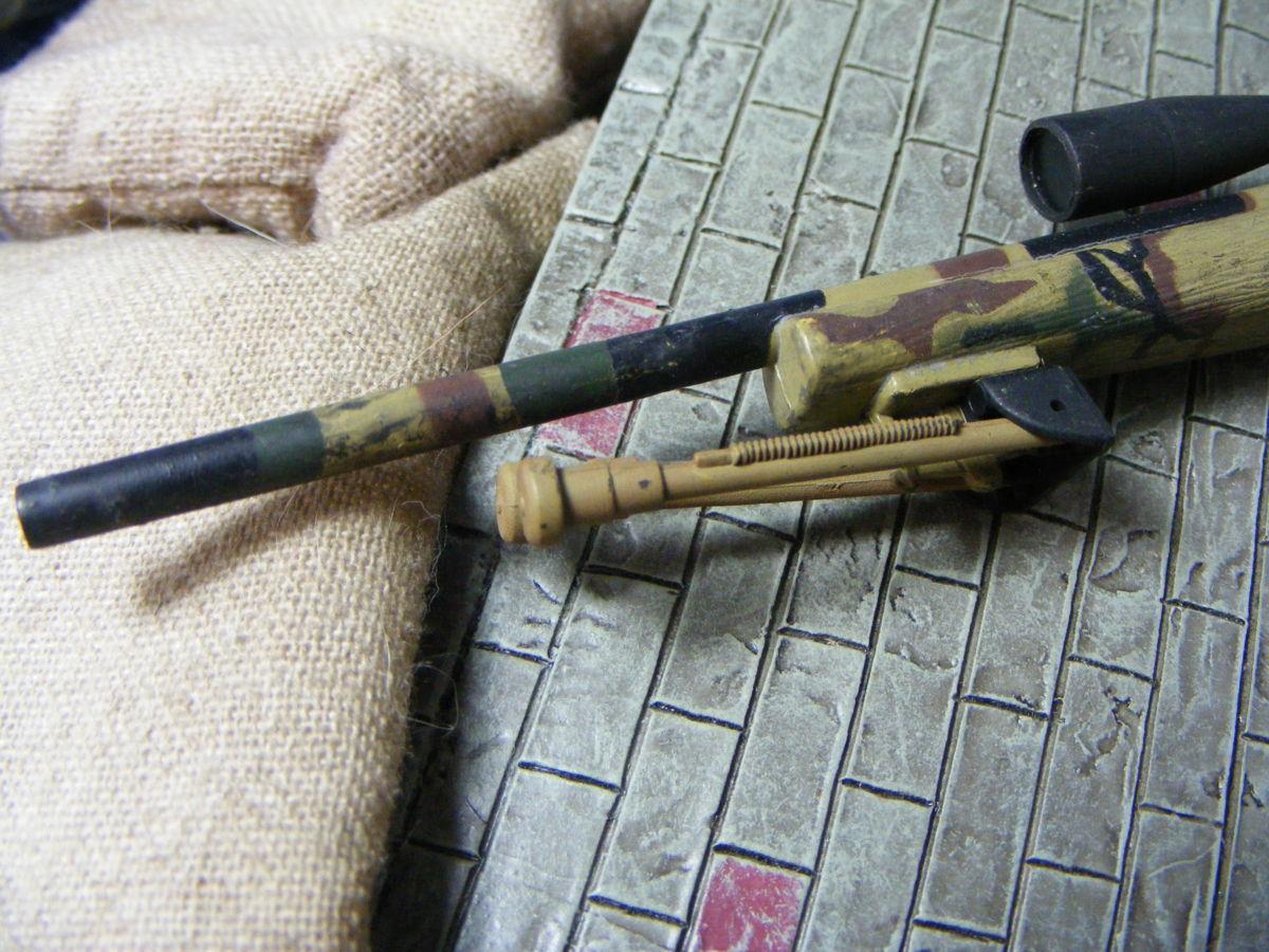 ■ 1/6スケール GIジョークールガール アメリカ海兵隊 レミントン M700改 M40A3 狙撃銃 専用スコープ付属 迷彩カラー仕様 新品未使用品!_画像2