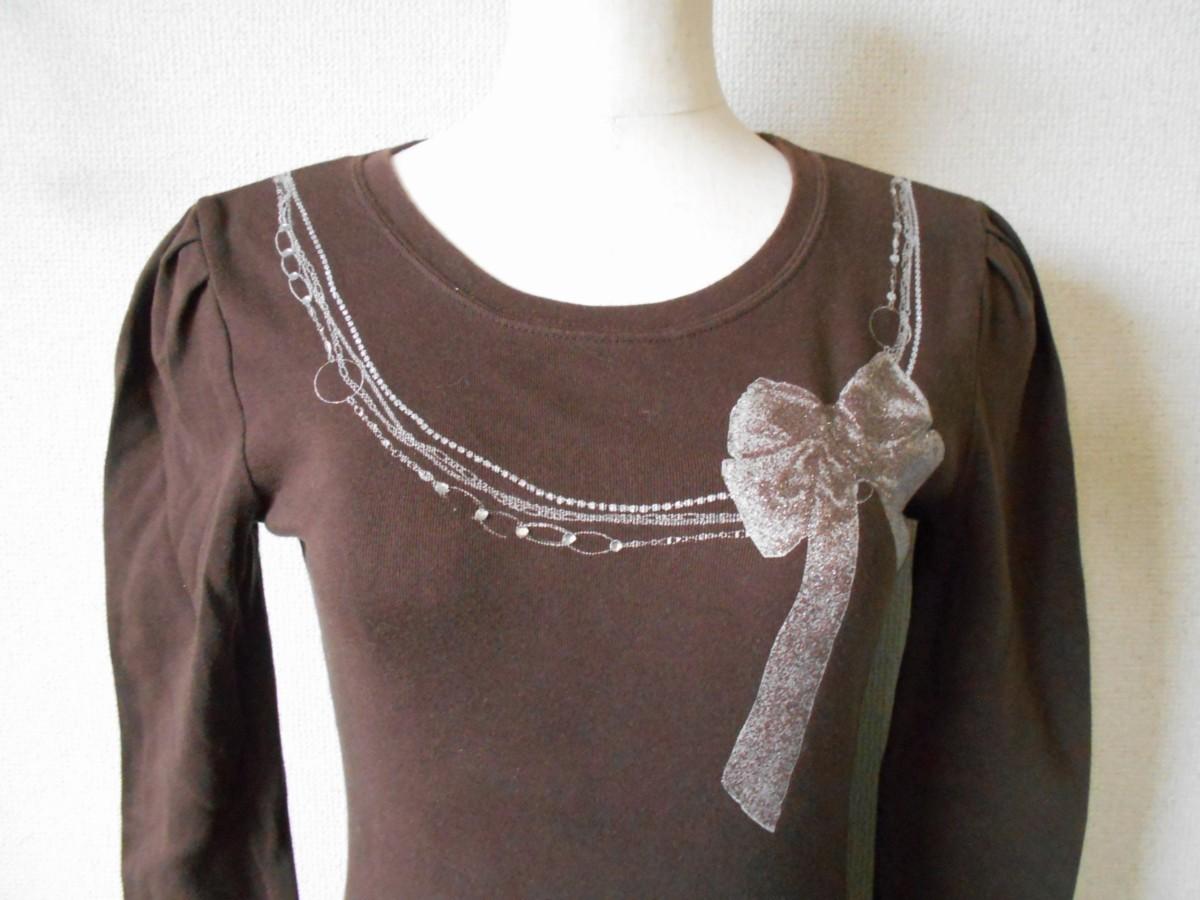 レストローズ LEST ROSE ライン ストーン 使用 リボン プリント の 可愛い 長袖 Tシャツ カットソー 2_画像2