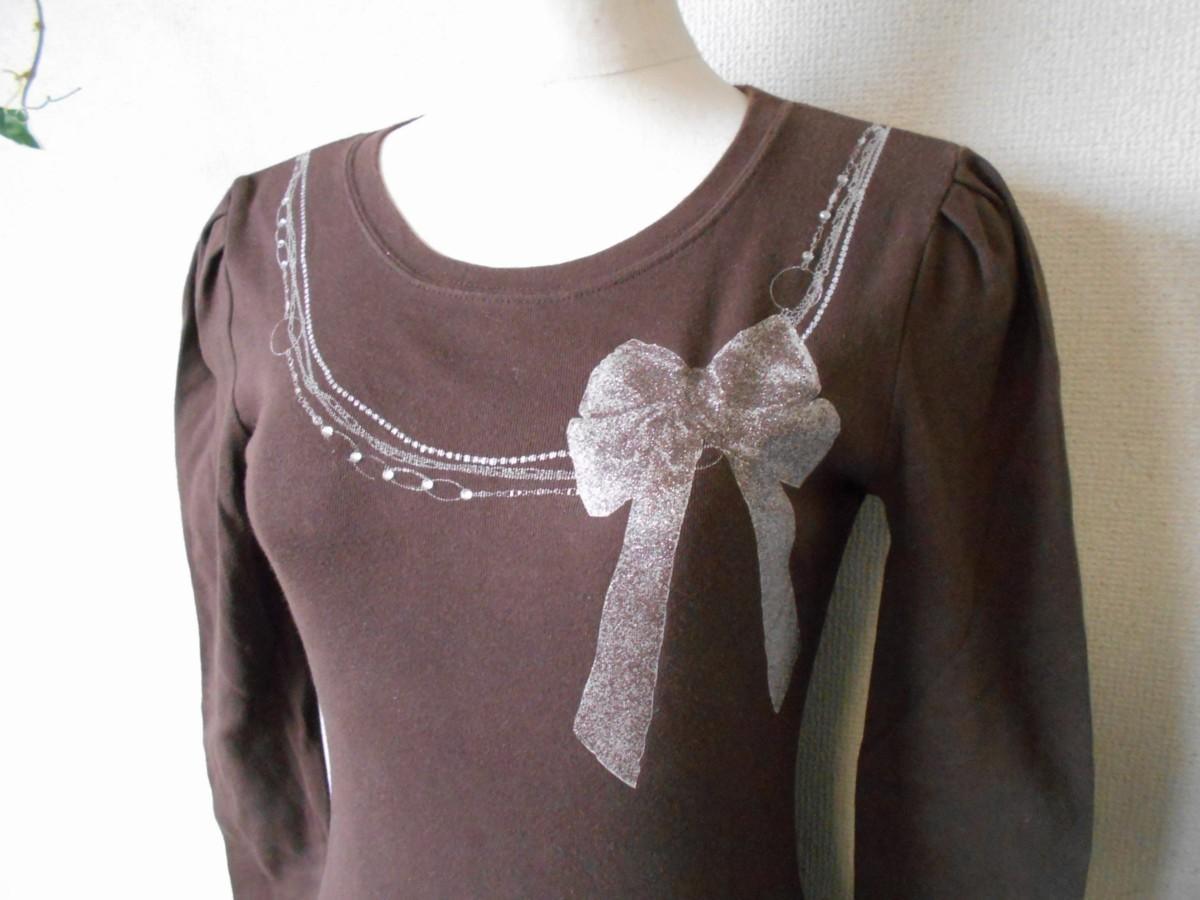 レストローズ LEST ROSE ライン ストーン 使用 リボン プリント の 可愛い 長袖 Tシャツ カットソー 2_画像3