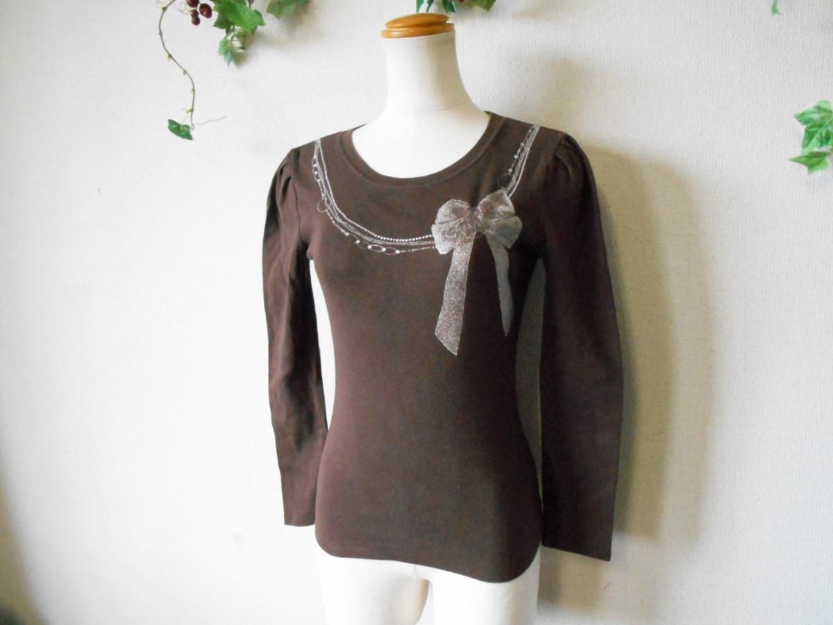 レストローズ LEST ROSE ライン ストーン 使用 リボン プリント の 可愛い 長袖 Tシャツ カットソー 2_画像4