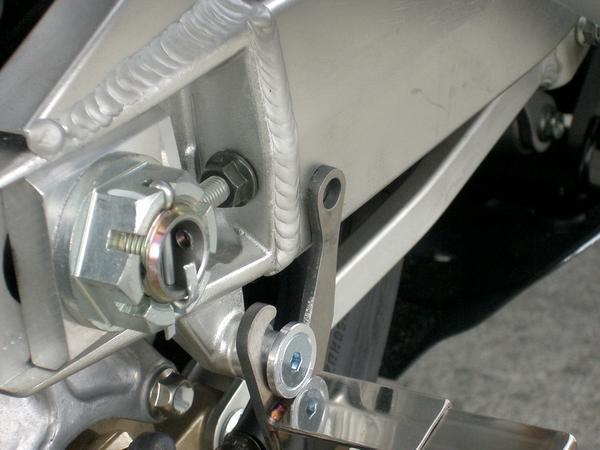 aprila リヤスタンド用 アルミボス RS50 RS4 50 RS125 RS4 125 RS250 RSV250 RSV mille RSV1000R RSV4_イメージ画像