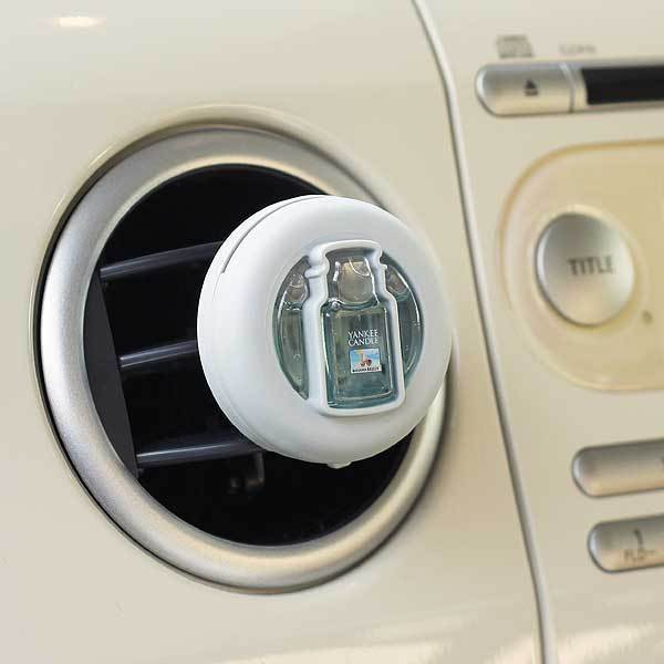 車のエアコンの吹き出し口に取り付ける芳香剤☆ヤンキーキャンドル カーフレグランスクリップ バハマ_画像2