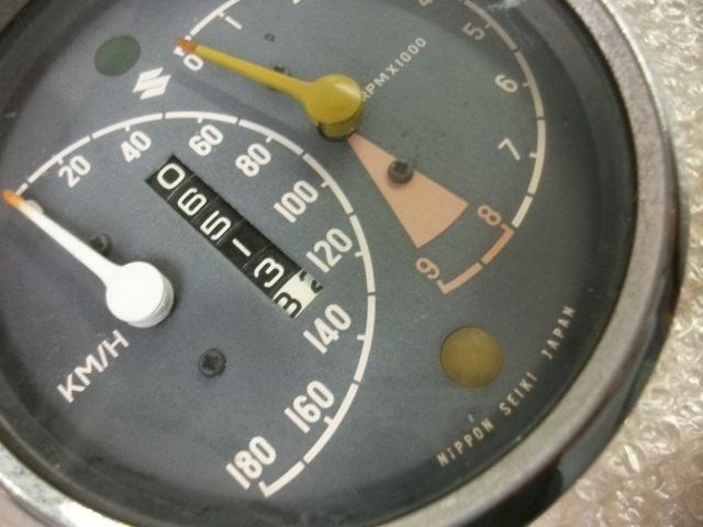 【BST】★スズキ T200 旧車 純正 メーター_画像2