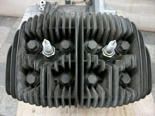 【BST】★スズキ T200 旧車 エンジン 実働 196cc_画像2