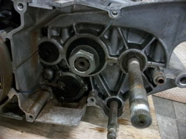 【BST】★スズキ T200 旧車 エンジン 実働 196cc_画像9