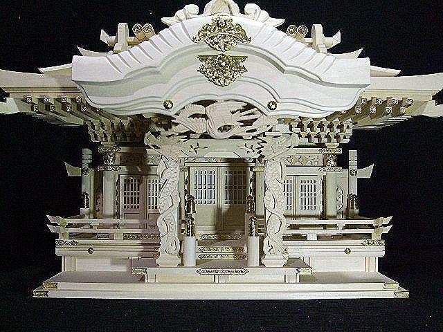 正規品処分 白木 神棚入母屋三社 屋根幅68cm【968】
