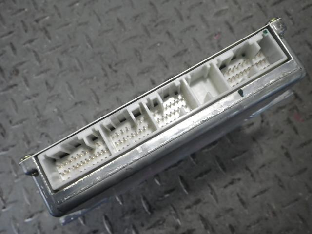 【KAP】133155 ライフ JB7 エンジンコンピューター_画像3