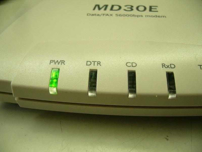 ★56K外付けモデム マイクロリサーチ Data/FAX 56000bps modem MD30E★中古★_画像2