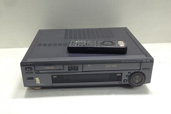 b26★SONY/ソニー WV-H4 Hi8/VHS ビデオデッキ ジャンク